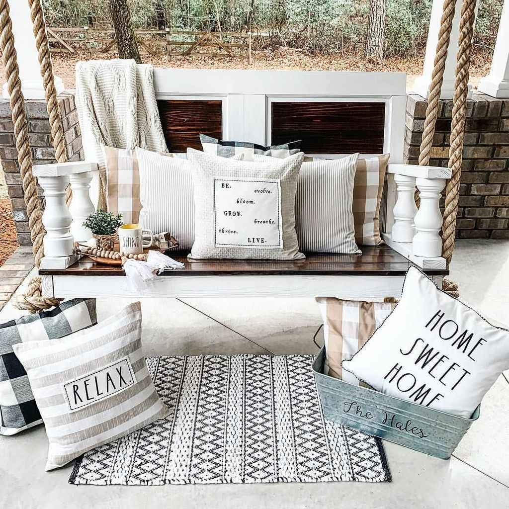 05 hang relaxing front porch swing decor ideas
