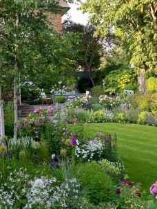 26 beautiful front yard cottage garden landscaping ideas