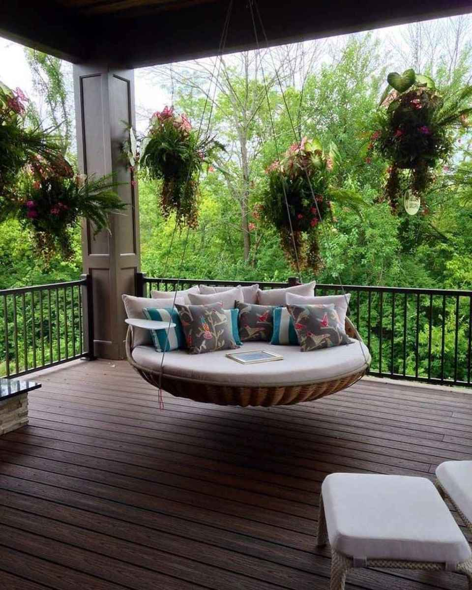 32 hang relaxing front porch swing decor ideas
