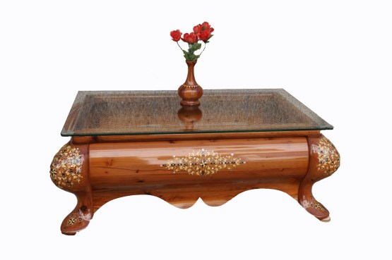 Traditional table made of Thuya wood TW01T-3445