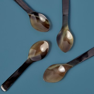 Horn Spoons Medium, Set of 4