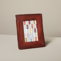 Be-Home_Reclaimed-Wood-Frame-Red_23-38