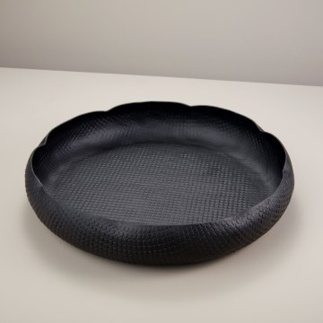 Black Crosshatch Aluminum Curved Edge Tray