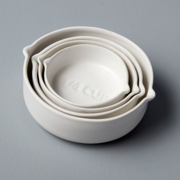 Stoneware Measuring Cups, White, Set of 4