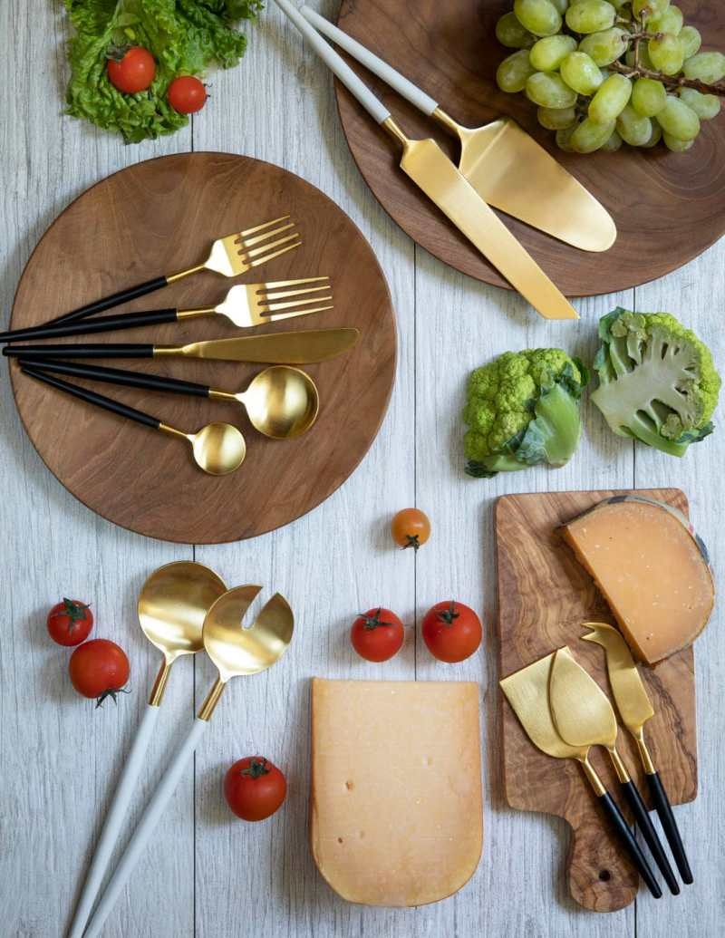 White & Gold Cake Lift & Knife Set