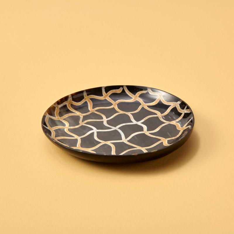 Horn Plate, Small, Fishnet
