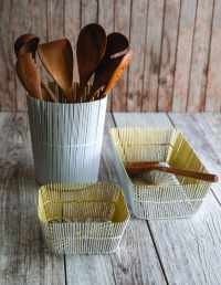 White & Gold Wire Square Basket 2