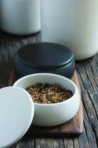 Stoneware Canister with Lid White 2