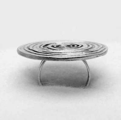 Silver disc ring