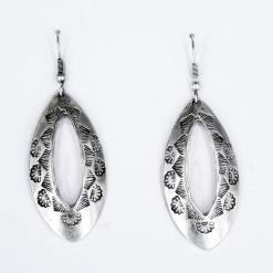Engraved earrings