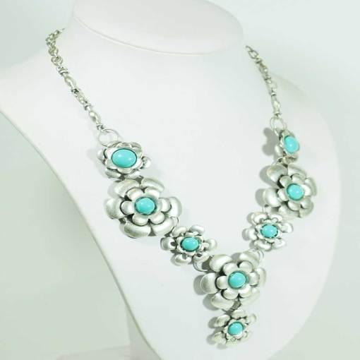 Boho flower necklace