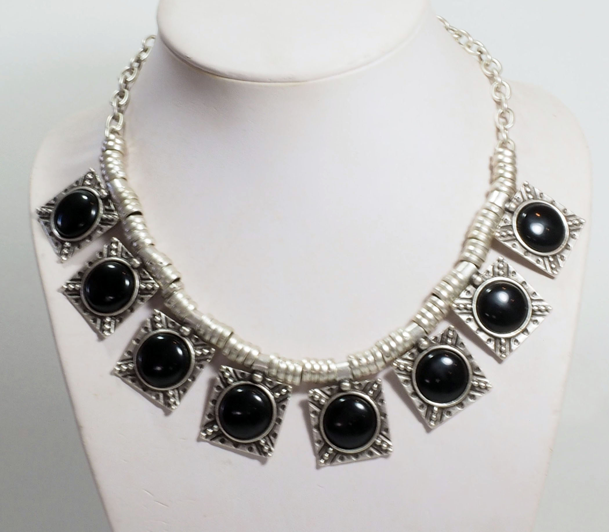 Necklace A1092B