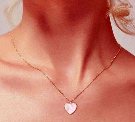Gold heart necklace model photo