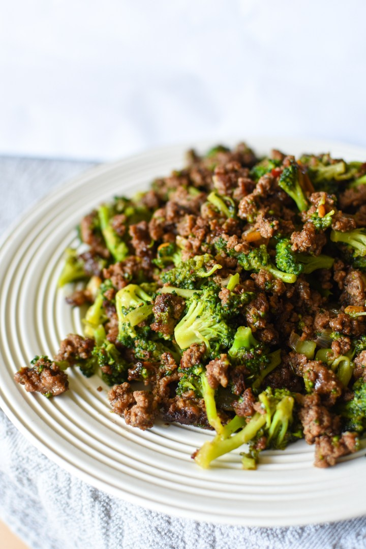 Super Simple [Whole30] Beef and Broccoli
