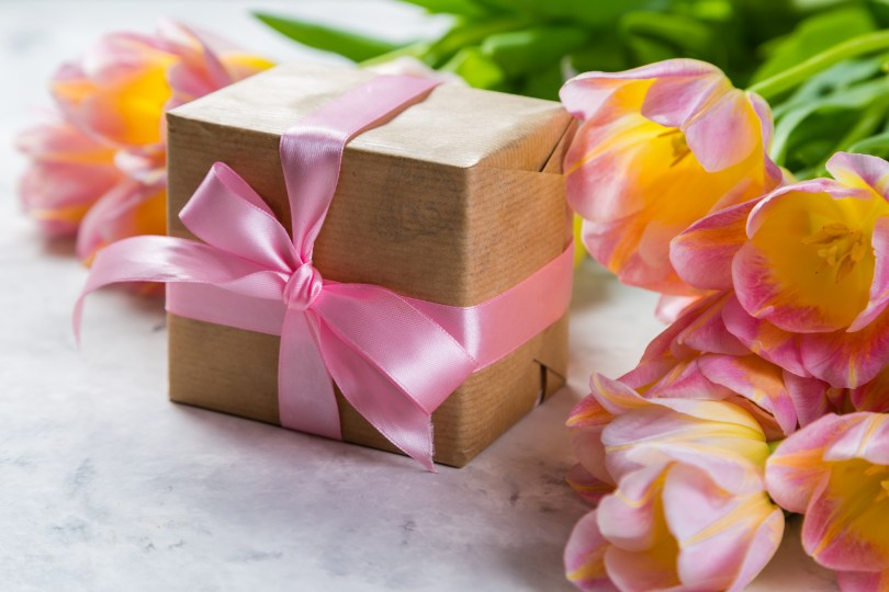 How to Make Mother's Day Special for the Natural Mama