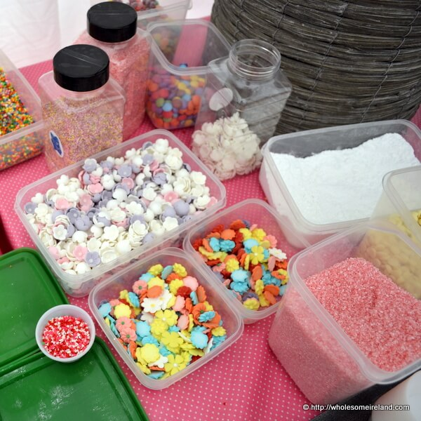 The Mother-Lode Of Cupcake Decorations #CupCakeCamp