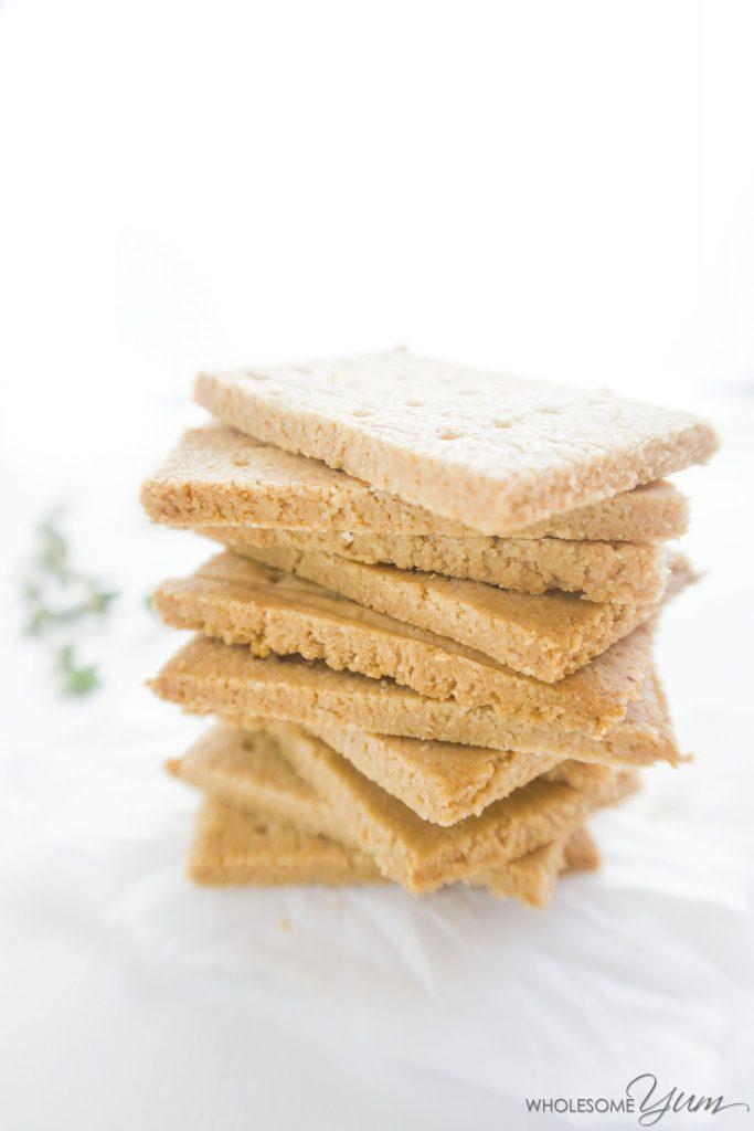 Three-ingredient Paleo Crackers (Low Carb, Gluten-free)