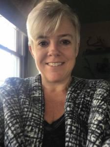 Lisa Walton's Headshot