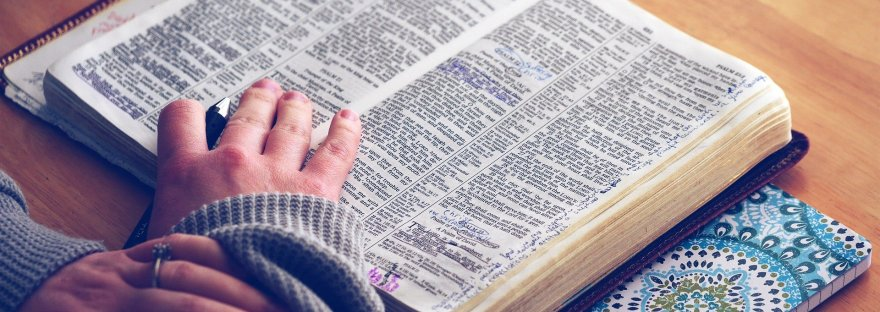 Picture of woman reading a Bible