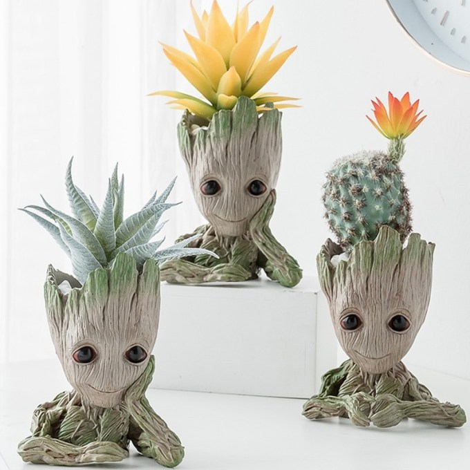 Groot Plant/Flower Pot