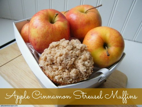 Delicious muffin, perfect for snacktime, breakfast or dessert with loads of apples and crumbly topping.