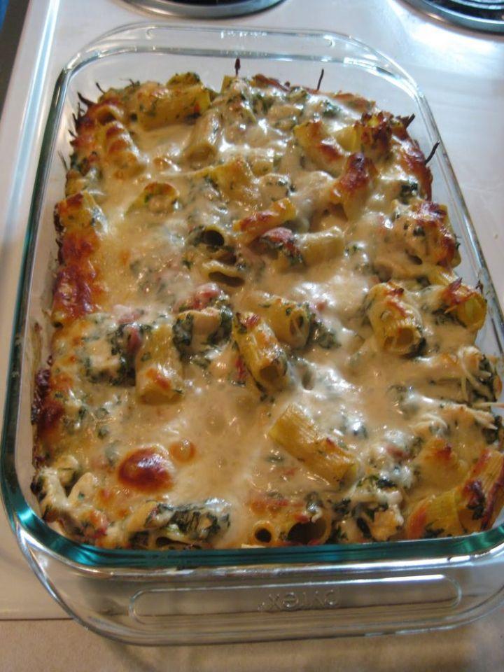 Chicken-and-Spinach-Pasta-Bake