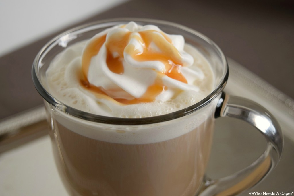 If you have a couple of minutes you can prepare this Easy Caramel Coffee! A sweet coffee that's so simple to make, perfect midday treat!