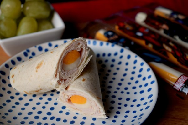 Do your kids walk in the door after school famished? Make a quick and easy Turkey & Cheese Tortilla Rollup to keep them going until dinner!
