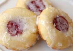 Almond Raspberry Thumbprint Cookies