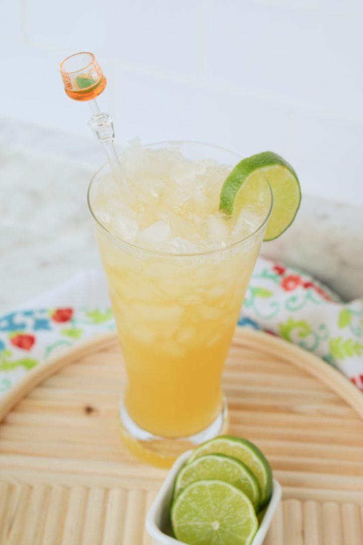Sparkling Peach Vodka Cocktail