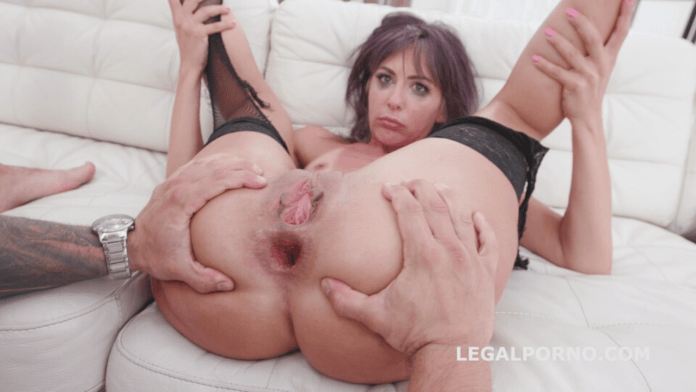 Vicky Sol is one of the classic Greek porn stars