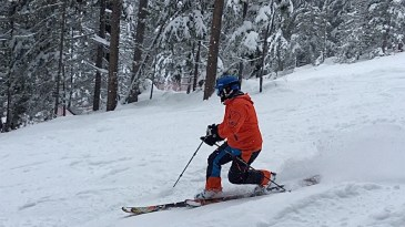 Telemarking - I love the, albeit not always visible, elegance of the movement. Super smooth, demanding on the thigh muscles but easy on the knees - I love the free heel.