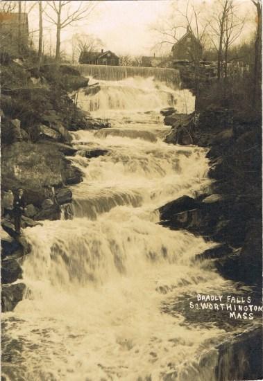 South-Worthington-Bradley-falls-1-LR