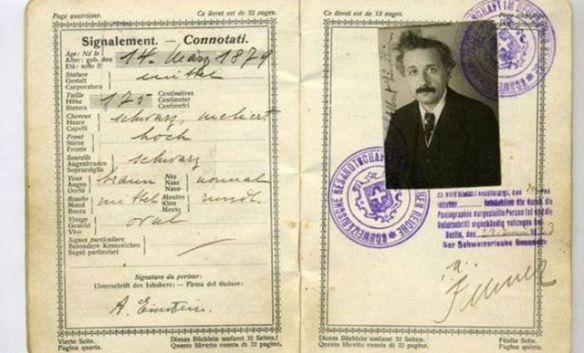 Vintage_passports_03