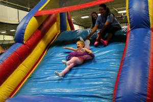 Besides dancing, kids and UConn students can partake in moon bounces and other activities. ( Photos used with permission from Maddie Love/HuskyTHON Communications)