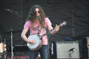 Kurt Vile & The Violators. Courtesy of Mason Jar Media.