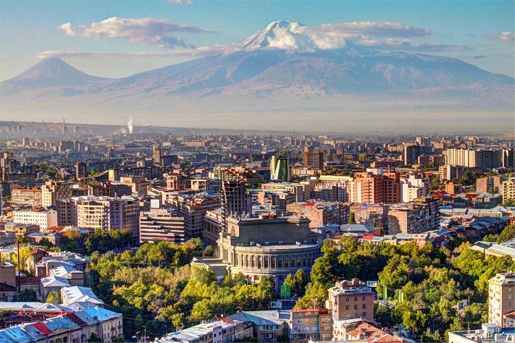 Destinasi wisata dunia: kota Yerevan, Armenia.