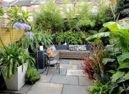 Small-Backyard-Landscaping-Ideas-designrulz-9