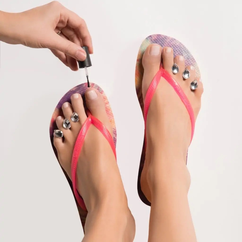 """Buy your Dip into Pretty Pedicure spacers here: ==/>http://amzn.to/2qjr53H #beauty #pedicure #nailpolish #nailart #mothersday #gifts #giveaway #sweeps"""" width=""""321″ height=""""321″></a><a href="""
