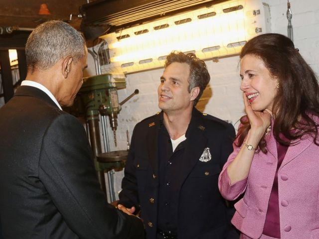 """Barack Obama, Mark Ruffalo, and Jessica Hecht chat backstage at The Roundabout Theatre Company's production of """"Arthur Miller's The Price"""" on Broadway at The American Airlines Theatre on February 24, 2017 in New York City. (Bruce Glikas/FilmMagic)"""