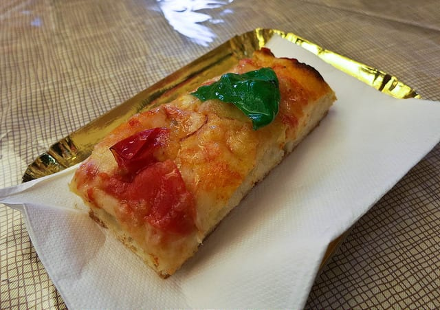 Pizza is a Dinner Food Only - Eat Well in Rome