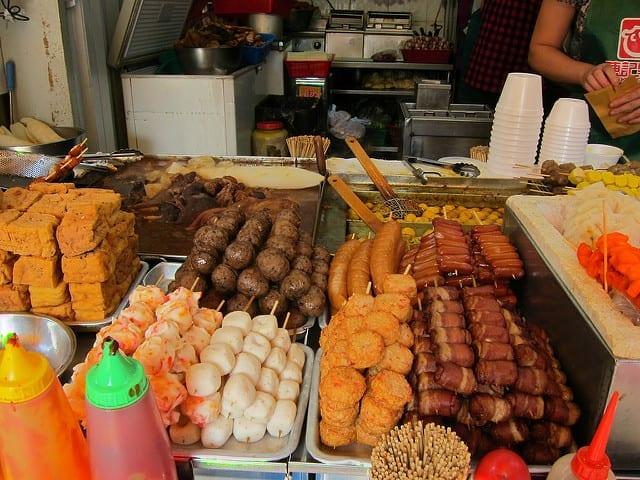 Street Food in Hong Kong - Plan Your Own Food Tour