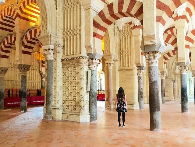 Get Your TEFL Certification in Order to Teach English in Spain