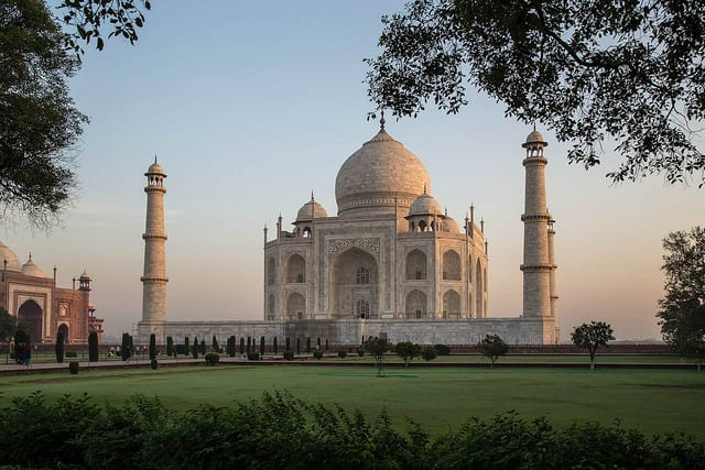 India is Crowded - Here are my travel tips for India