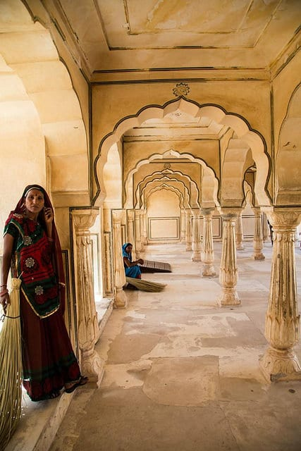 Travel Tips for India to Stay Safe, Cool and Illness-Free