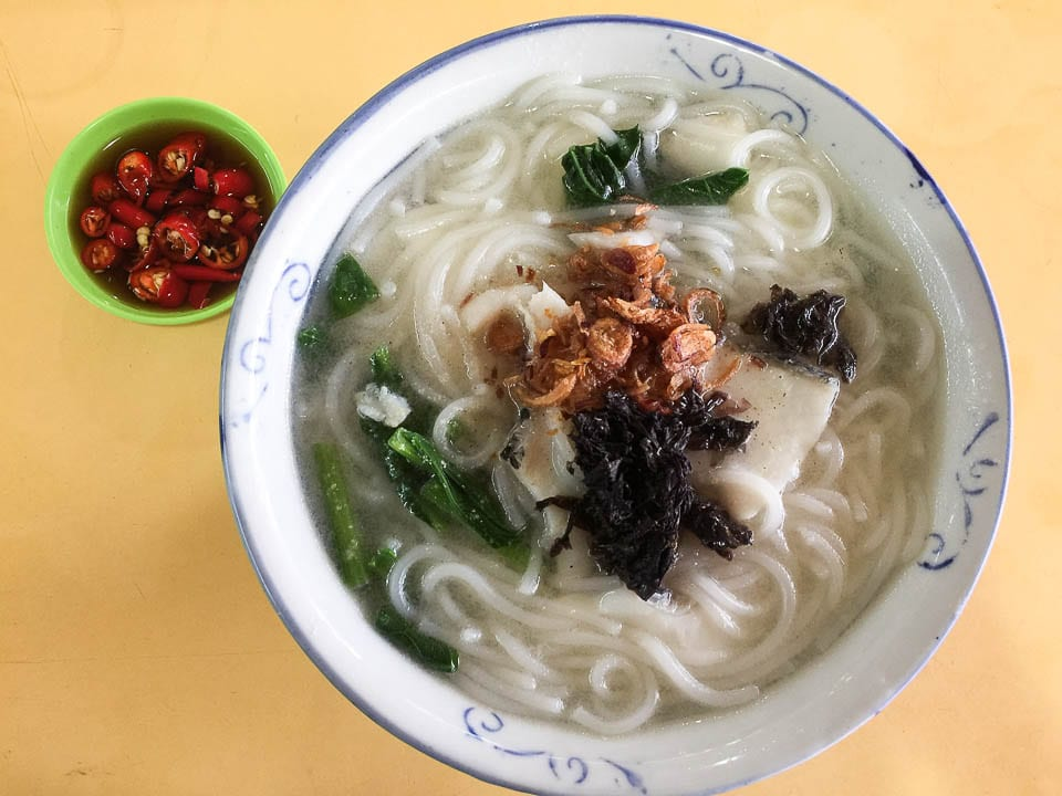 Eating Hawker Foods in Singapore - What to Eat and How to Order