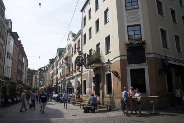Exploring Old Town - Things to Do in Dusseldorf