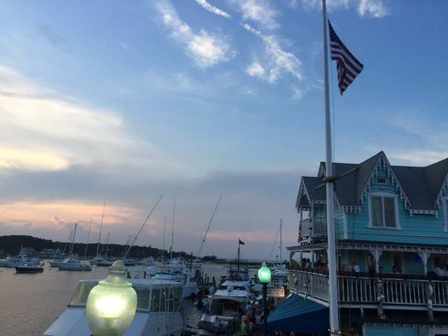 Martha's Vineyard: Oak Bluff's Harbor