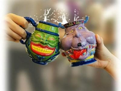 Kini Kamu Bisa Minum Minuman Favorit Kamu dengan Cangkir Pot of Greed dan Pot of Avarice dari Yu-Gi-Oh! 9