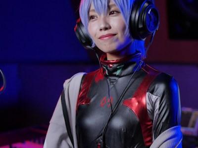 """Singing Cosplayer Hikari Telah Merilis Video Cover """"A Cruel Angel's Thesis"""" (Versi Jepang) di YouTube 58"""